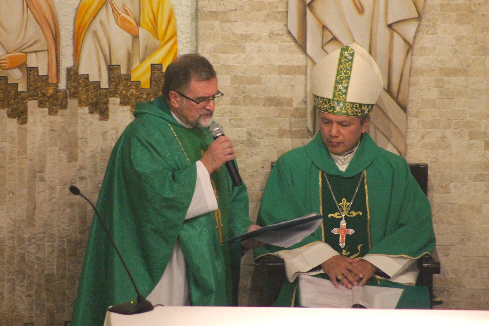 Parafia w Limie - o. Zbigniew Świerczek