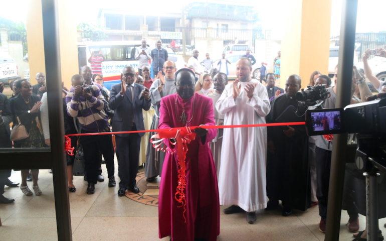 otwarcie misyjnego szpitala w Matugga